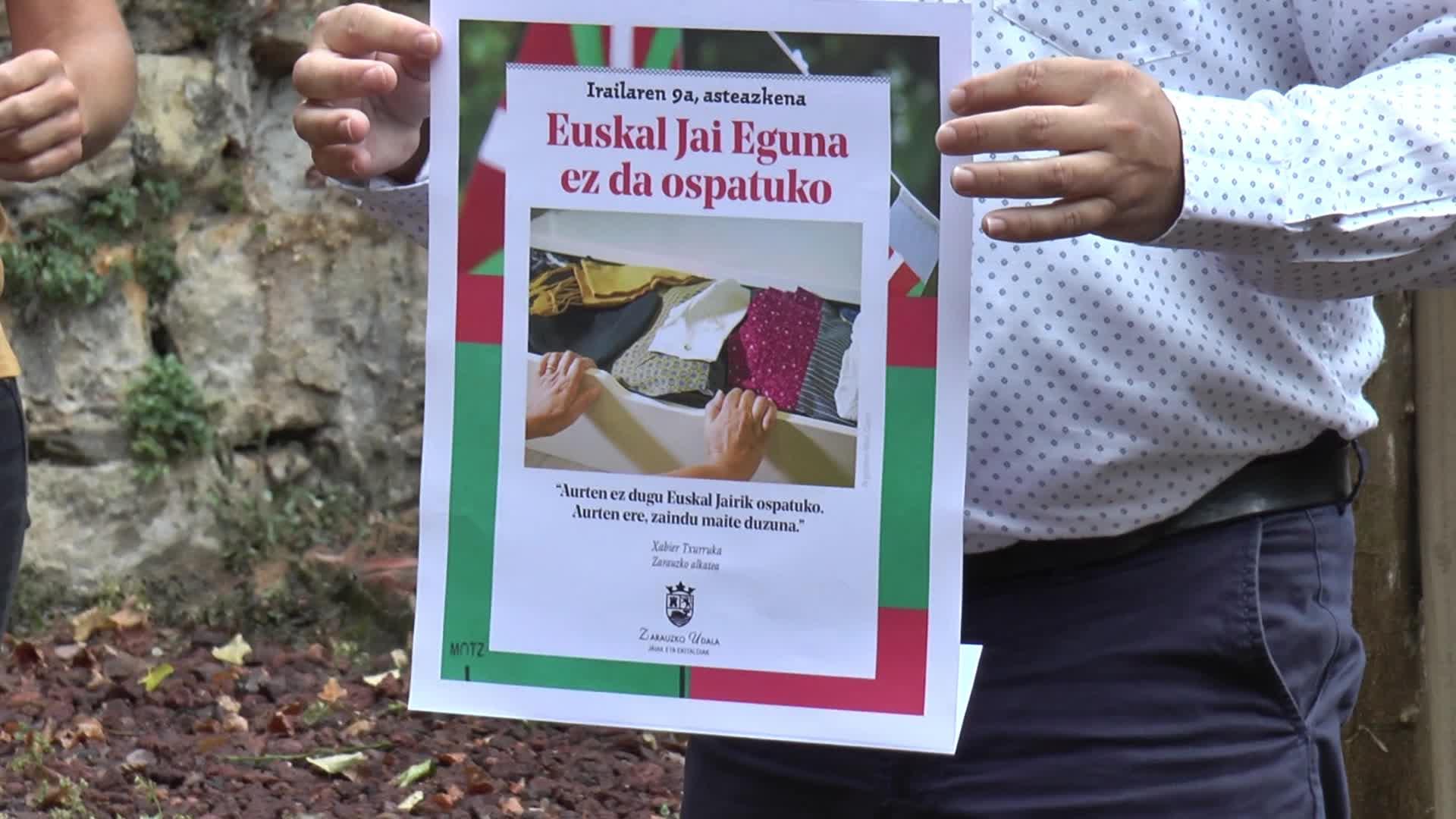 Euskal Jai Egunik gabeko Euskal Asteko programa aurkeztu dute